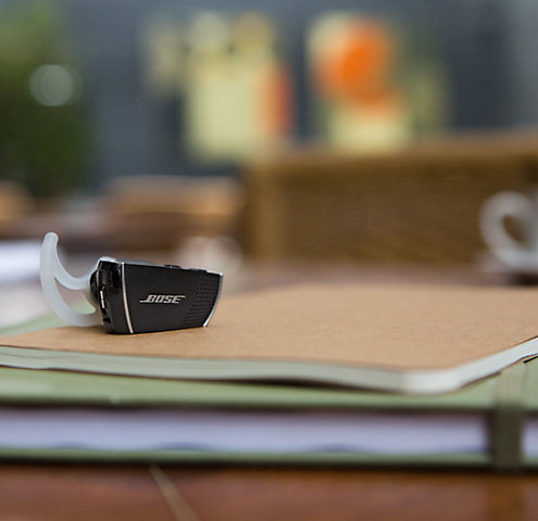 5 Reasons a Bluetooth Headset Is a Must-Have Accessory for Mom